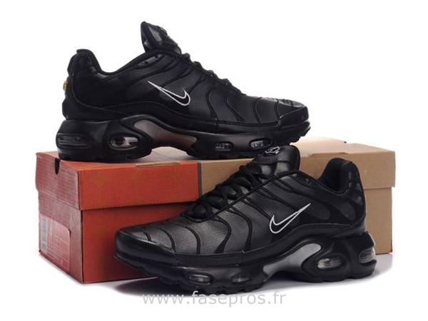 basket nike tn Femme achat / vente Chaussures  baskets basket nike tn
